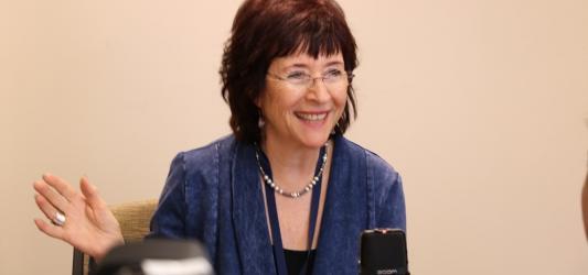 Photograph of Joan Lowery