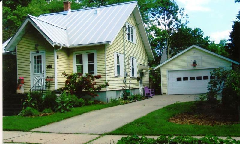 3814 Winnemac Avenue, Madison, Wisconsin, 2013