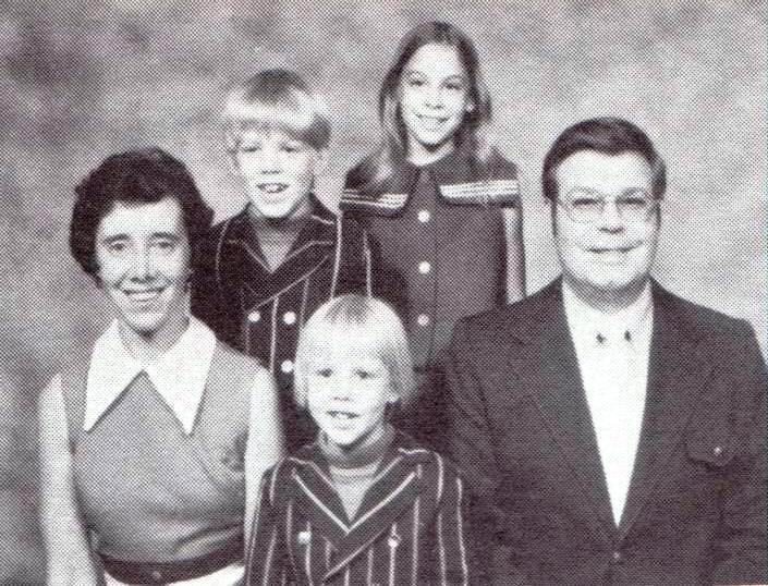 Thuesen family, 1975