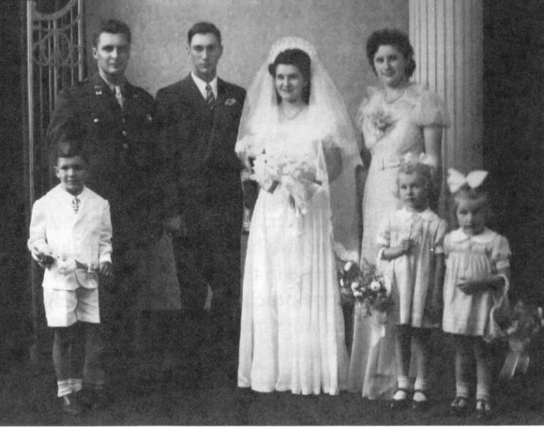Gale and Zona VandeBerg wedding day, 1943