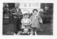 Cross children on Easter Sunday, 1954
